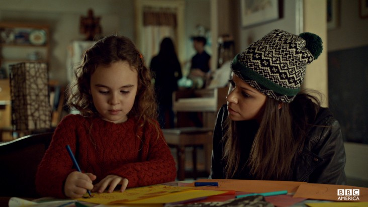 Orphan-Black-Episode-4-Effects-Of-External-Conditions-orphan-black-34327839-732-412